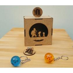 Combo caja mdf con 2 llaveros de esfera