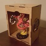 Figura shenlong rojo + caja de mdf con luz led